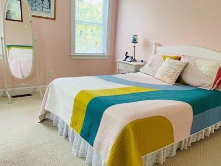 Edgartown Martha's Vineyard vacation rental - The pink bedroom (queen bed).