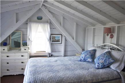 Menemsha (Chilmark) Martha's Vineyard vacation rental - Upstairs bedroom with queen size bed