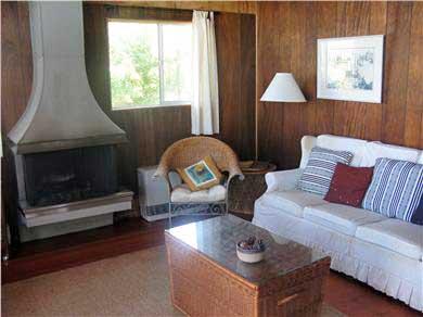 Aquinnah Martha's Vineyard vacation rental - Living Room