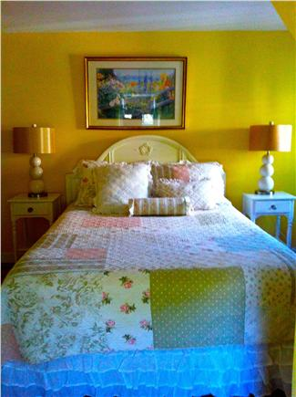 Edgartown Village Martha's Vineyard vacation rental - Queen bedroom upstairs with flatscreen TV, walk-in closet