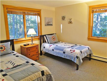 Oak Bluffs Martha's Vineyard vacation rental - First floor twin bedroom – great for kids!