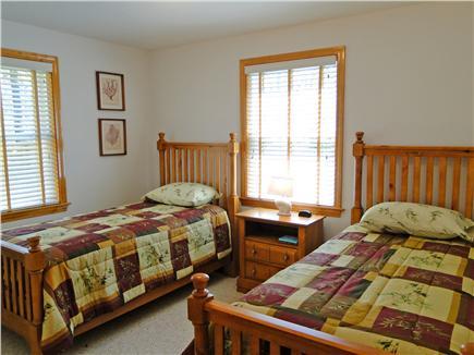 Edgartown Martha's Vineyard vacation rental - Main floor Twin bedroom with adjacent bath