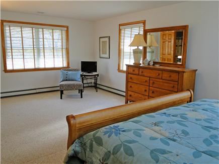 Edgartown Martha's Vineyard vacation rental - Spacious Master with sitting area and TV