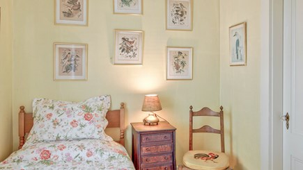 Edgartown Martha's Vineyard vacation rental - Sewing Room with twin bed overlooking garden - Bedroom 5