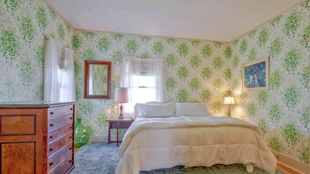 Edgartown Martha's Vineyard vacation rental - Green Room - Bedroom 5 with king or two twins