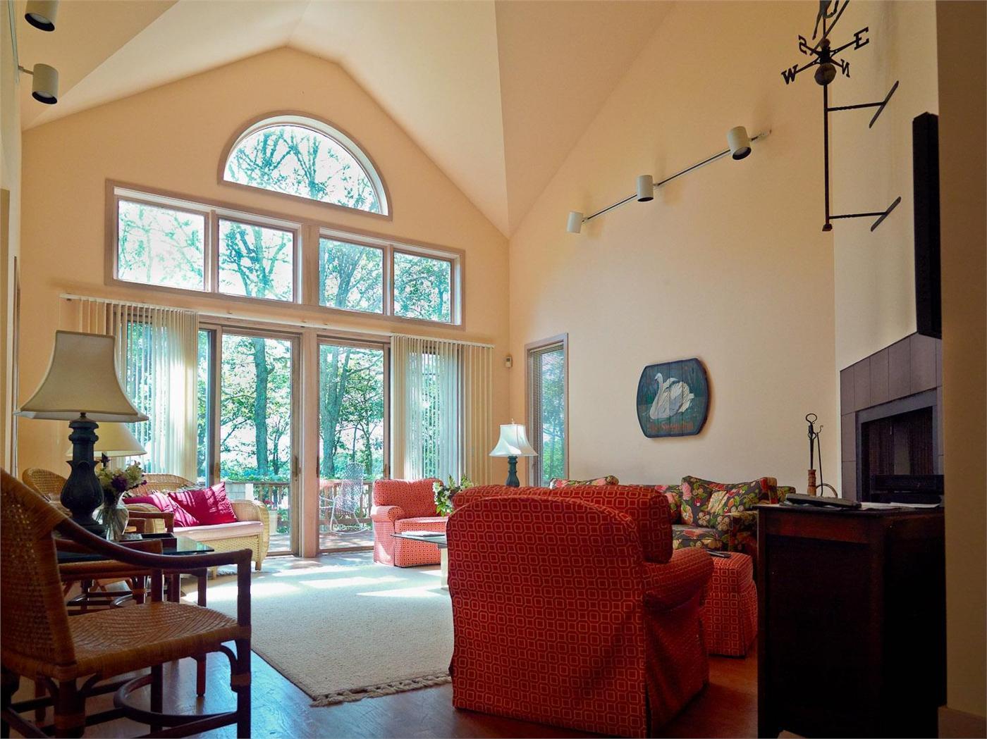 West tisbury vacation rental home in marthas vineyard ma02568 id 18138
