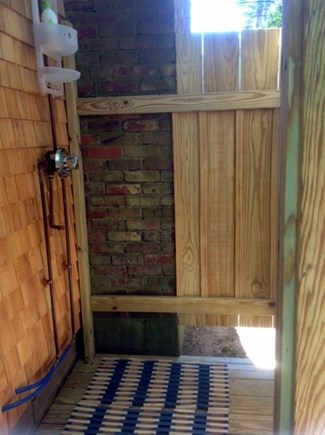 Vineyard Haven Martha's Vineyard vacation rental - Outdoor hot/cold shower