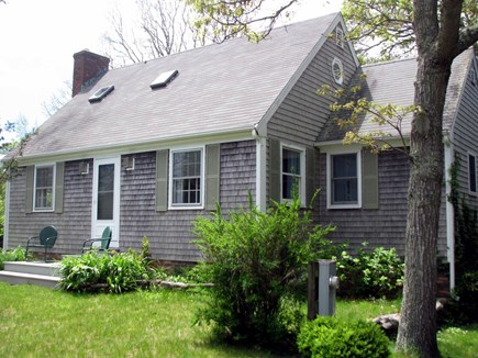 Edgartown Village  Martha's Vineyard vacation rental - Drive side of house