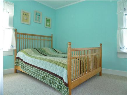 Oak Bluffs Martha's Vineyard vacation rental - Full size bed downstairs
