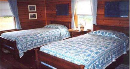 Stonewall Beach, Chilmark Martha's Vineyard vacation rental - Twin Bedroom