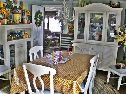 Oak Bluffs, Sea View Ave. just out of town Martha's Vineyard vacation rental - Dining room