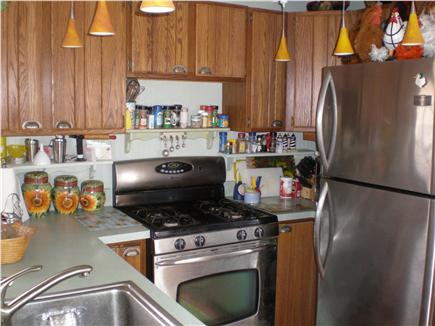 Oak Bluffs, Sea View Ave. just out of town Martha's Vineyard vacation rental - Kitchen