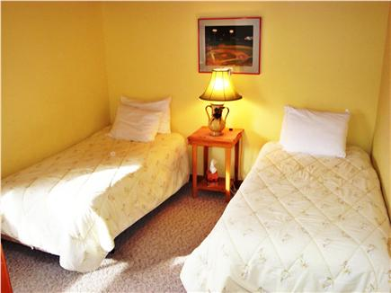 Edgartown Martha's Vineyard vacation rental - Yellow Bedroom