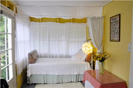 Oak Bluffs Martha's Vineyard vacation rental - Sunporch - single bed with privacy curtain