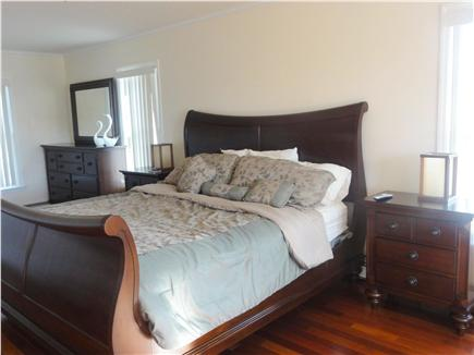 Oak Bluffs Martha's Vineyard vacation rental - Second floor Master bedroom suite