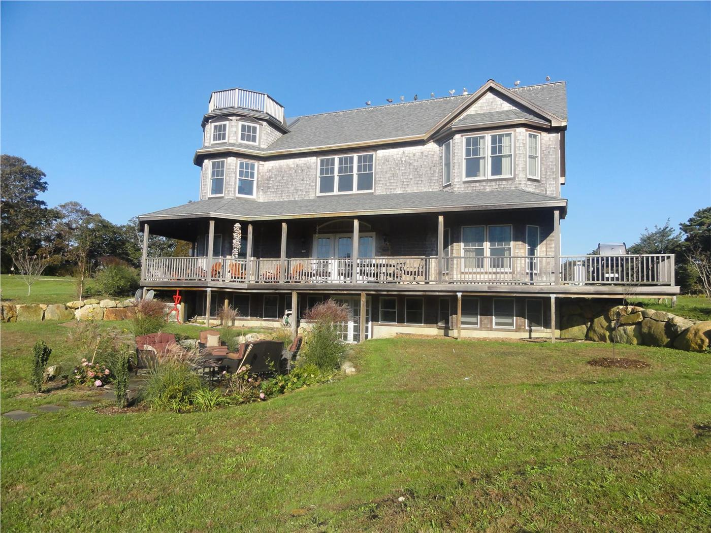 Oak Bluffs Vacation Rental Home In Martha S Vineyard Ma 02557 Id 19801