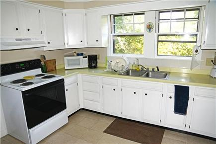 vineyard haven Martha's Vineyard vacation rental - Large countered area in kitchen