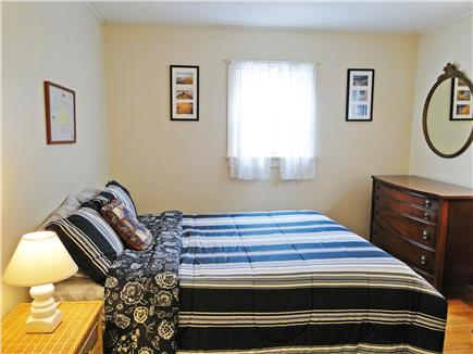 Oak Bluffs, Lagoon Pond Martha's Vineyard vacation rental - Upstairs queen bedroom with hardwood floors