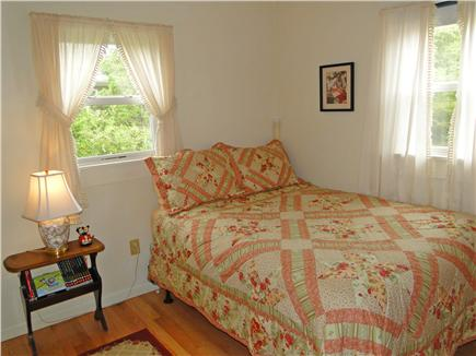 Oak Bluffs, Lagoon Pond Martha's Vineyard vacation rental - Upstairs full bedroom