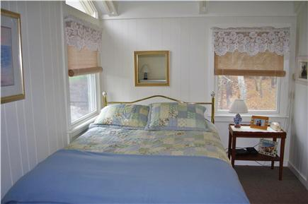Edgartown Martha's Vineyard vacation rental - Queen sized bedroom with 32'' flat screen tv, dvd & satellite
