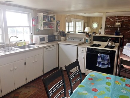 Chappaquiddick Martha's Vineyard vacation rental - Kitchen