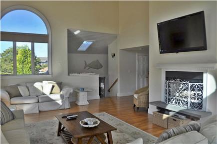 Katama - Edgartown, katama Martha's Vineyard vacation rental - Another angle of great room