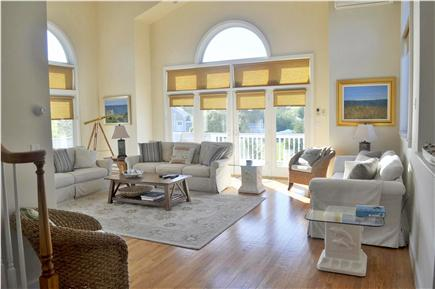 Katama - Edgartown, katama Martha's Vineyard vacation rental - Bright and Breezy Great Room on Main Level. Open floor plan