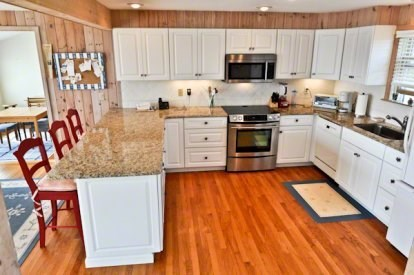 Katama - Edgartown, Katama/Edgartown Martha's Vineyard vacation rental - Gourmet Kitchen with Breakfast Bar and Granite Counters.