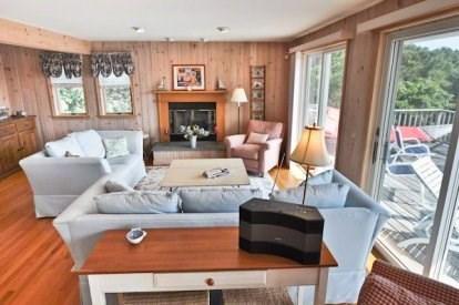 Katama - Edgartown, Katama/Edgartown Martha's Vineyard vacation rental - Large Living Room Facing the Back Deck.