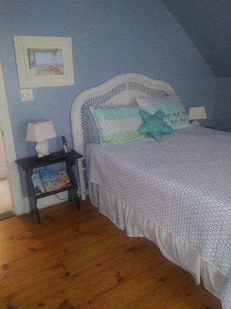 Oak Bluffs Martha's Vineyard vacation rental - Bedroom with queen size bed