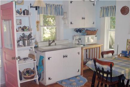 Oak Bluffs Martha's Vineyard vacation rental - Fully equiped eat-in kitchen