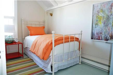 Oak Bluffs Martha's Vineyard vacation rental - 2nd Fl Orange/White Bedroom