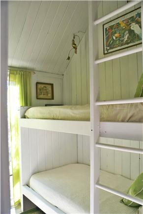 Oak Bluffs, Waterview Farm Martha's Vineyard vacation rental - Girls bunk room
