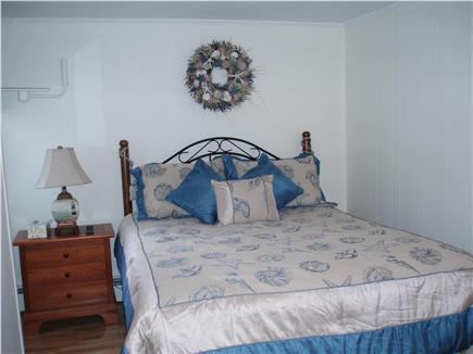 Vineyard Haven Martha's Vineyard vacation rental - Queen in bedroom