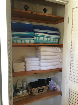 Oak Bluffs Martha's Vineyard vacation rental - All linens, bath towels and beach towels included