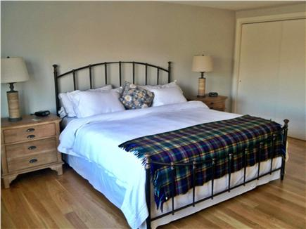 Edgartown Martha's Vineyard vacation rental - Master bedroom with King bed