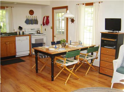 85 Tea Lane, Chilmark Martha's Vineyard vacation rental - Dining Area