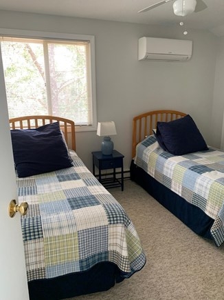 Katama - Edgartown, Edgartown (Katama) Martha's Vineyard vacation rental - Bedroom # 3 - Two Twin Beds