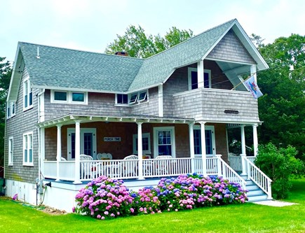Oak Bluffs Martha's Vineyard vacation rental - SOLERA a classic MV vacation rental, meticulously maintained.