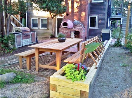 Oak Bluffs Martha's Vineyard vacation rental - Outdoor kitchen and dining area on the patio