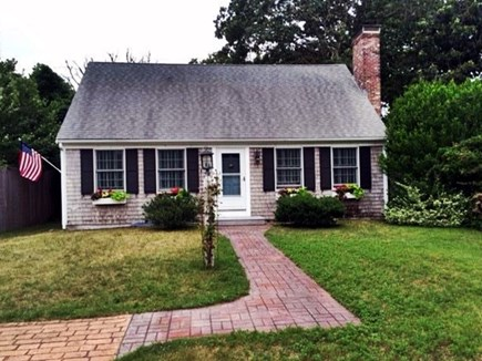 Edgartown Martha's Vineyard vacation rental - Front view of the home
