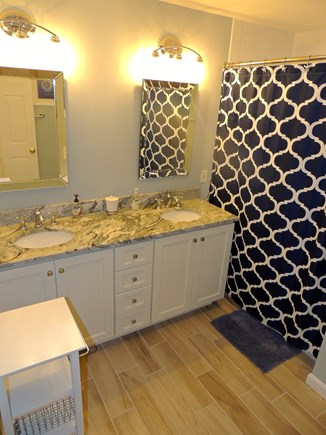 Oak Bluffs Martha's Vineyard vacation rental - 2nd floor guest bathroom
