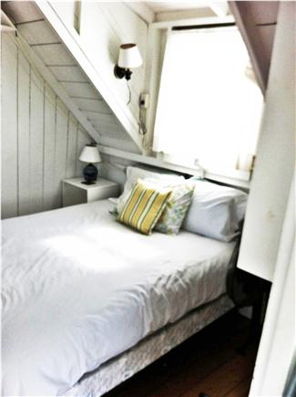 Oak Bluffs, East Chop Martha's Vineyard vacation rental - Upstairs bedroom queen bed