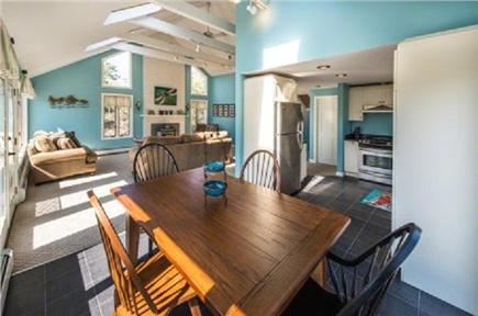 Katama - Edgartown, Edgartown Martha's Vineyard vacation rental - Brand new Dinning set