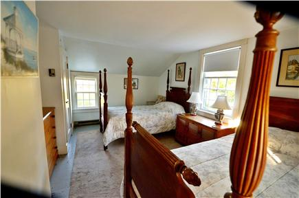 Edgartown Village Martha's Vineyard vacation rental - Upstairs twin bedroom