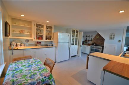 Edgartown Village Martha's Vineyard vacation rental - Kitchen with gourmet Bertazzoni gas range