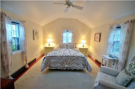 Edgartown Village Martha's Vineyard vacation rental - Queen bedroom on first floor