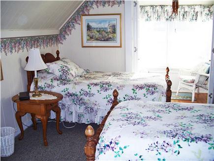 Oak Bluffs, Historic Copeland District  Martha's Vineyard vacation rental - Second floor twin bedroom