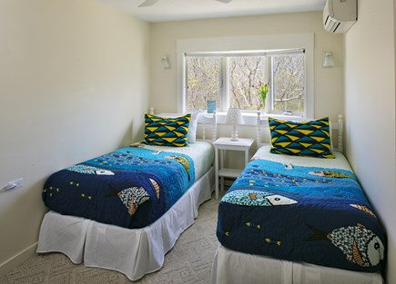 Katama - Edgartown Martha's Vineyard vacation rental - Bedroom with twin beds