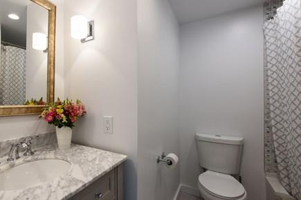 Katama - Edgartown Martha's Vineyard vacation rental - Bathroom